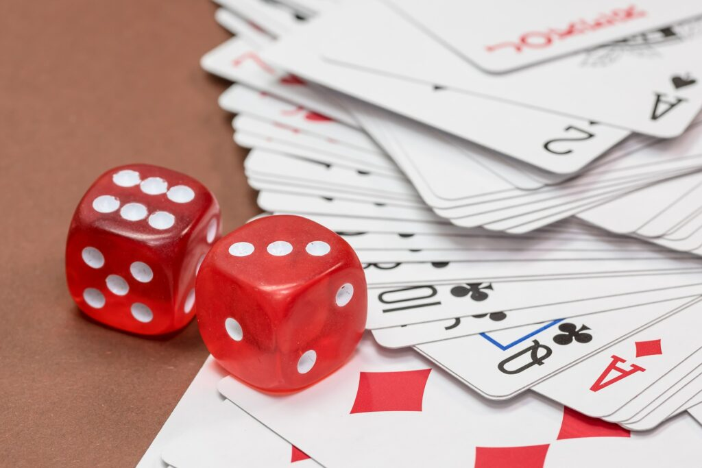 This image has an empty alt attribute; its file name is Rummy-playing-and-winning-strategies-and-tips-1024x683.jpg