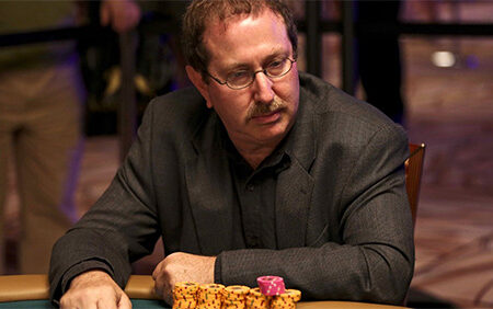 WSOP Commentator Norman Chad to Skip 2020 Main Event Broadcast